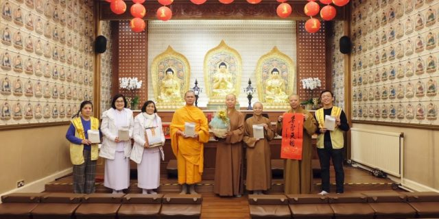 Giving a new year blessing speech at Fo Guang Shan Temple in London